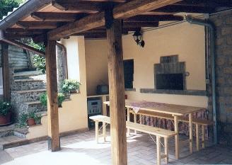 Außenküche Mit Pizzaofen : Außenküche tischlein deck dich im garten bad ofen heizung